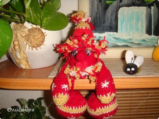 Не люблю вязать одно и тоже, но так уж получилось,что это- мой седьмой домовенок...Почему-то ,эта игрушка пользуется популярностью среди  друзей и знакомых.... Фото 1