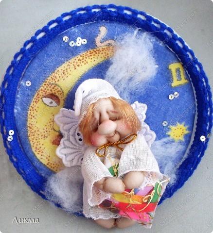 Куклы, Мастер-класс Шитьё: Ангелочек Сплюшка:) Подводим итог..... Капрон, Нитки, Тарелки одноразовые, Ткань Рождество. Фото 1