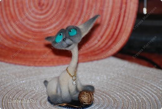 """Игрушка Валяние (фильцевание): MK """"Милые котики"""" мои Голубоглазка и Рыжик Шерсть Дебют. Фото 20"""