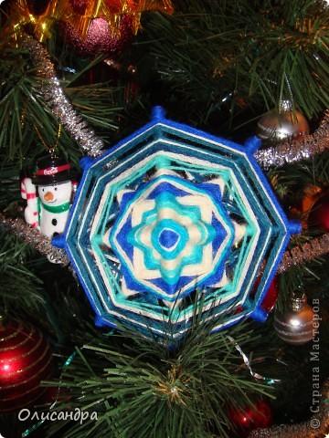 """Новый год уже наступил,а я все """"снежинки"""" делаю... Правда, начала  делать еще в прошлом году, но что-то не заладилось и она попала в """"долгий ящик""""..... Фото 2"""