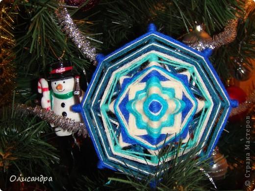 """Новый год уже наступил,а я все """"снежинки"""" делаю... Правда, начала  делать еще в прошлом году, но что-то не заладилось и она попала в """"долгий ящик""""..... Фото 3"""
