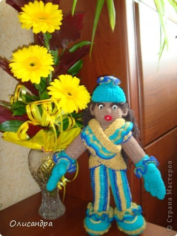 """Все-таки, интернет- это великая """"вещь""""...Увидишь что-нибудь, и так захочется сделать... Это произошло, когда я впервые увидела кукол Нелли Больгерт ... http://www.beadsky.com/nelly_borgelt.php?ln=ru http://www.sgddik.de/nelli/_ru/index.html Забавные человечки с большими руками показались мне очень милыми.... Фото 6"""