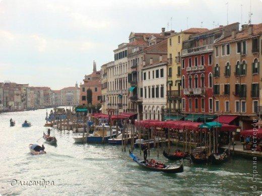 Мы едем в Венецию. Это была моя мечта ,я думала,что несбыточная... На этом катере  домчались туда за 20 минут и 7,5 евро.... Фото 9
