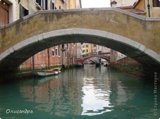 Мы едем в Венецию. Это была моя мечта ,я думала,что несбыточная... На этом катере  домчались туда за 20 минут и 7,5 евро.... Фото 15