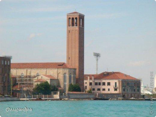 Мы едем в Венецию. Это была моя мечта ,я думала,что несбыточная... На этом катере  домчались туда за 20 минут и 7,5 евро.... Фото 4