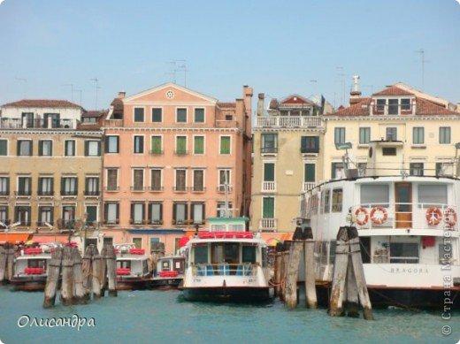 Мы едем в Венецию. Это была моя мечта ,я думала,что несбыточная... На этом катере  домчались туда за 20 минут и 7,5 евро.... Фото 5