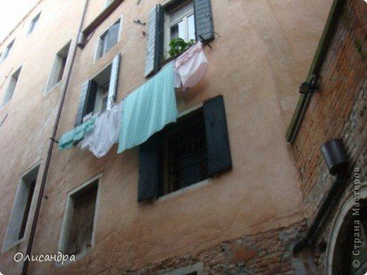 Мы едем в Венецию. Это была моя мечта ,я думала,что несбыточная... На этом катере  домчались туда за 20 минут и 7,5 евро.... Фото 13