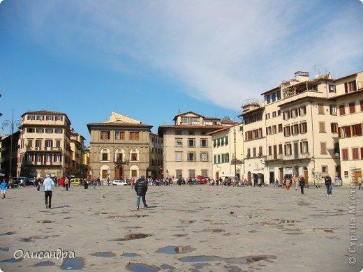 Италия встретила нас колоритным пейзажем...из теплиц и парников.... Фото 5