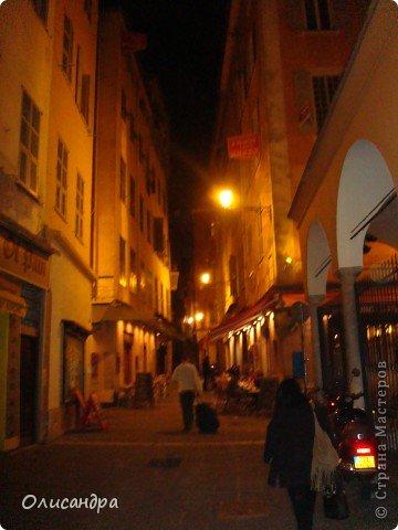 Ницца – один из красивейших уголков Франции, была основана в 5 веке до н. э. греками. Название произошло от имени богини победы – Ники.  В 19 веке отдыхать в Ницце полюбила сначала английская, а потом и французская аристократия. . Фото 28