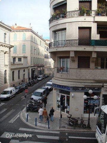 Ницца – один из красивейших уголков Франции, была основана в 5 веке до н. э. греками. Название произошло от имени богини победы – Ники.  В 19 веке отдыхать в Ницце полюбила сначала английская, а потом и французская аристократия. . Фото 20