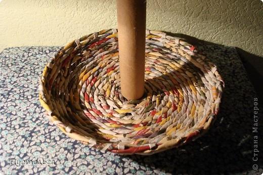 Мастер-класс Поделка изделие Плетение Фруктовница-конфетница-печенюшница Бумага газетная фото 3