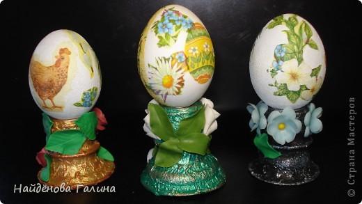 Мастер-класс Лепка: Подставки под пасхальные яйца своими руками. Салфетки Пасха. Фото 3