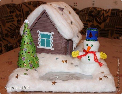 Зимний дом Бумага, Вата, Гуашь Новый год. Фото 1