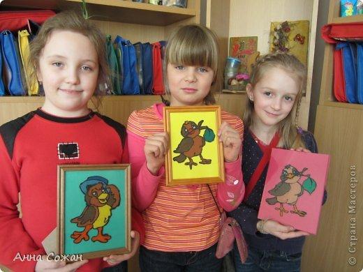 Картина, панно, рисунок Аппликация из пластилина (+ обратная):  На каникулах мы не скучаем! Птички-витражи! Пластилин. Фото 2
