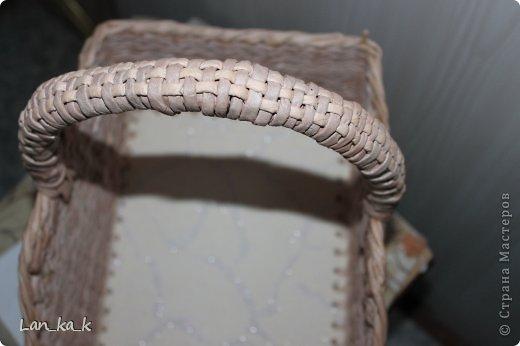 Поделка изделие Плетение Первая корзина для пикника Бумага газетная Трубочки бумажные фото 5
