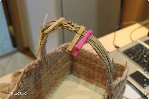 Поделка изделие Плетение Первая корзина для пикника Бумага газетная Трубочки бумажные фото 7