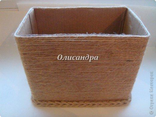 Вот такую коробочку для бумаг я сделала из ненужной коробки... Как это начиналось можно посмотреть здесь... http://stranamasterov.ru/node/141514. Фото 5