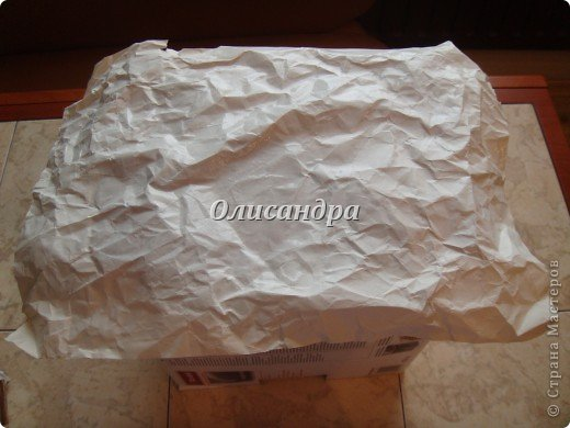 Была бы коробочка, а что в нее положить, всегда найдется... Одну уже сделала...   http://stranamasterov.ru/node/141514 ...и решила не останавливаться на достигнутом :)) Правда, шпагат закончился, но я вовремя нашла идею у Валентины из РОСТОВА ... Вместо шпагата можно использовать обычную пряжу... Ну, уж чего-чего, а пряжи у меня достаточно.... Фото 10