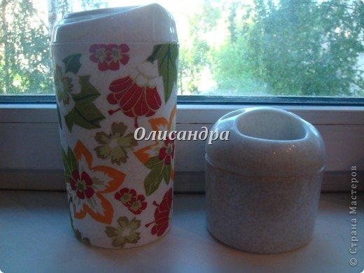 Декупажем занималась очень давно и очень недолго... Тренировалась на бутылочках... http://stranamasterov.ru/node/129248?t=722 http://stranamasterov.ru/node/130272?t=722 ... и ,даже, кажется, получалось.... Фото 13