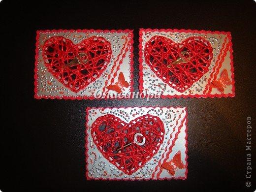 """Наверно, АТСки надо либо делать, либо не делать...Сделала мини-серию """"Ассоль"""" и захотелось сделать что-то еще... Эту идею я вынашивала очень давно, но конкретики...как и из чего не было...  Зато, я знала...для кого... Карточка №1 для меня ( не буду отступать от традиции...оставлять себе карточку из каждой серии)...  Карточка №2 или №3  предназначена для Юлечки Л.  Именно, благодаря ей, я узнала, что такое АТС... Кроме того я являюсь поклонницей ее таланта... Юлечка! Выбери ,пожалуйста ! Хотя, все они очень похожи... Теперь ты поняла, что меня поразило, когда я увидела твою открытку? Третья карточка тоже предназначена в подарок... Пусть это будет сюрпризом! ************************************************** Очень хочется подарить """"ключик от сердца"""" еще многим девочкам, с которыми мы менялись и подружились благодаря АТС, но у меня было только три ключика...    . Фото 1"""