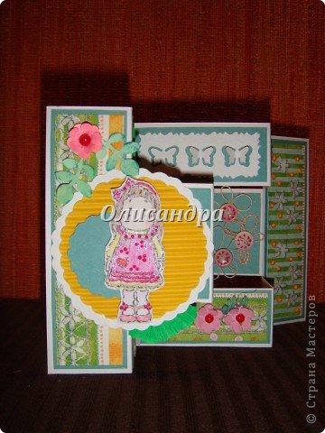 Очень нравится такая форма открытки...  Здесь можно посмотреть ,как это делается...   http://stranamasterov.ru/node/233169  , там ссылочки на МК ... А я решила, что больше делать такие не буду... Уже хочется чего-то новенького.... Фото 3
