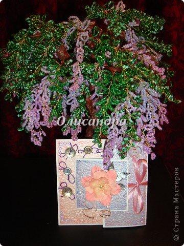 В подарок сделала сиреневое дерево  http://stranamasterov.ru/node/240655 и решила, что открытка должна быть в таких же тонах... Раньше делала открытки из подручного материала... Дала себе такую установку, пока не научусь...   Еще не научилась, но все-таки, зашла в магазин и слегка разорилась.... Фото 14