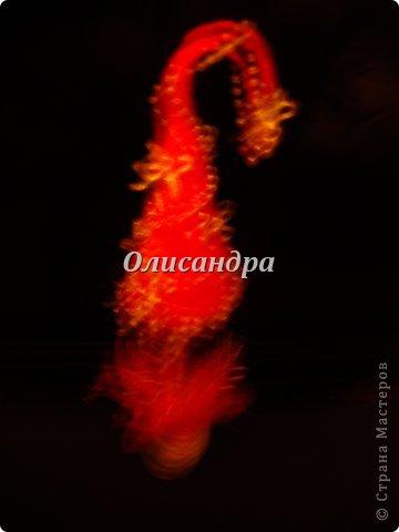 """Предыдущие деревья... http://stranamasterov.ru/node/151489 **************************************************** Розовый цвет ассоциируется у меня с гламуром, или гламур с розовым цветом. Поэтому и назвала эту елочку """"Гламурочка""""... Не смогла выбрать фото, поэтому одна елочка и три фона.... Фото 9"""