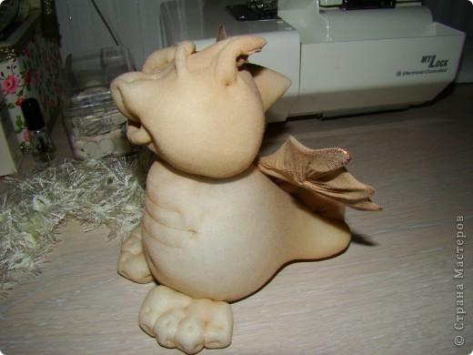 Куклы Новый год Шитьё Дракончики  Мастер класс 2 часть Капрон фото 6