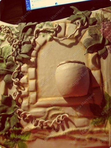 Декор предметов Мастер-класс Ассамбляж Ключница-панно из кожи -'Молдавский дворик   Дерево Картон гофрированный Клей Кожа Краска Салфетки фото 19
