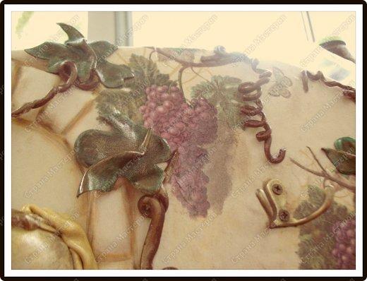 Декор предметов Мастер-класс Ассамбляж Ключница-панно из кожи -'Молдавский дворик   Дерево Картон гофрированный Клей Кожа Краска Салфетки фото 8