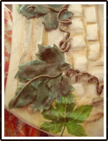 Декор предметов Мастер-класс Ассамбляж Ключница-панно из кожи -'Молдавский дворик   Дерево Картон гофрированный Клей Кожа Краска Салфетки фото 9