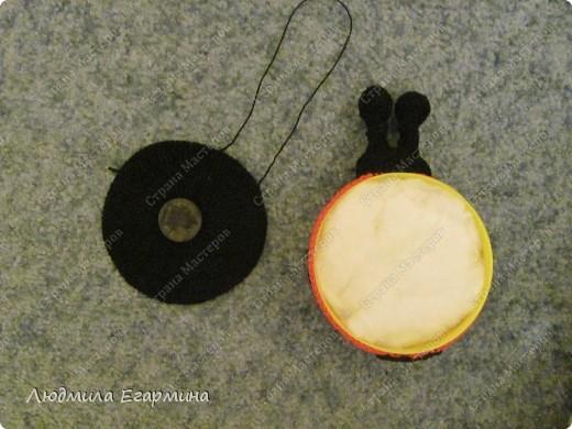 Мастер-класс Вязание крючком Люблю Божьих коровок магнит на холодильник Вата Магниты Нитки фото 16