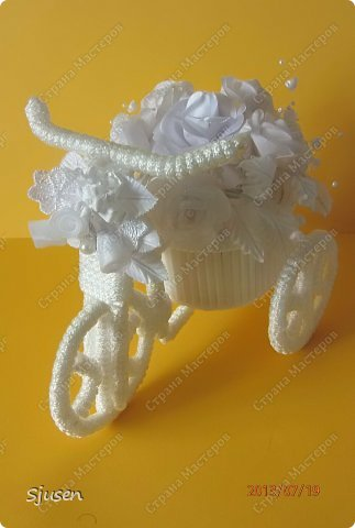 Мастер-класс Поделка изделие Свадьба Моделирование конструирование Велосипед-кашпо №2 - Свадебный Бусинки Проволока Тесьма шнур Трубочки коктейльные фото 1