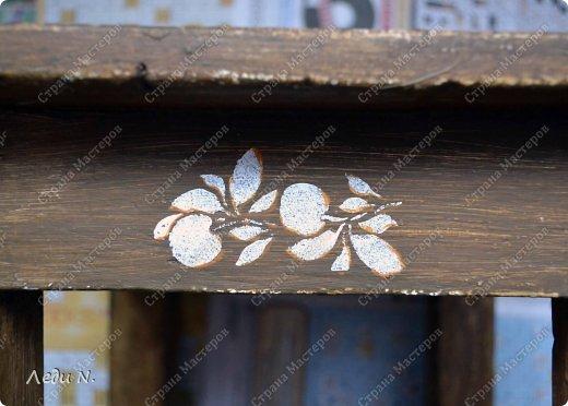 Декор предметов Мастер-класс Декупаж Табурет - из старого в  старинный Краска Салфетки фото 14