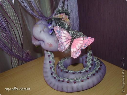 Мастер-класс Новый год Шитьё Змейка Капрон Поролон Проволока фото 2