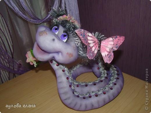 Мастер-класс Новый год Шитьё Змейка Капрон Поролон Проволока фото 18