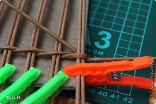 Поделка изделие Плетение Пробуем прямоугольное плетеное дно 3-месячной годовщине плетения посвящается Бумага фото 7