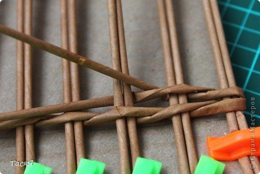 Поделка изделие Плетение Пробуем прямоугольное плетеное дно 3-месячной годовщине плетения посвящается Бумага фото 9