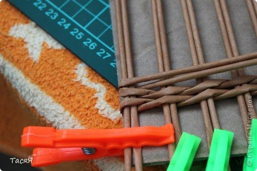 Поделка изделие Плетение Пробуем прямоугольное плетеное дно 3-месячной годовщине плетения посвящается Бумага фото 12