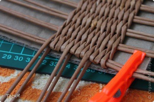 Поделка изделие Плетение Пробуем прямоугольное плетеное дно 3-месячной годовщине плетения посвящается Бумага фото 17