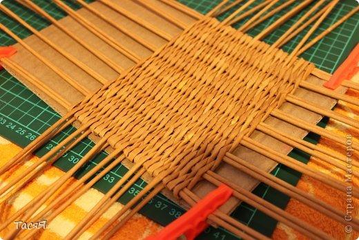 Поделка изделие Плетение Пробуем прямоугольное плетеное дно 3-месячной годовщине плетения посвящается Бумага фото 18