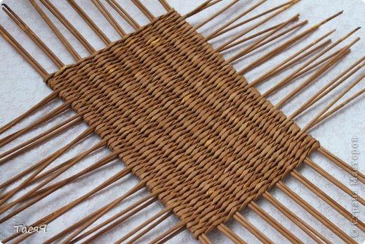 Поделка изделие Плетение Пробуем прямоугольное плетеное дно 3-месячной годовщине плетения посвящается Бумага фото 1