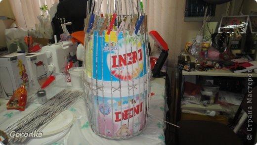 Поделка изделие Плетение Создание кофейного столика МК Бумага газетная фото 10