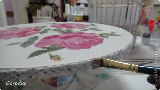 Поделка изделие Плетение Создание кофейного столика МК Бумага газетная фото 20
