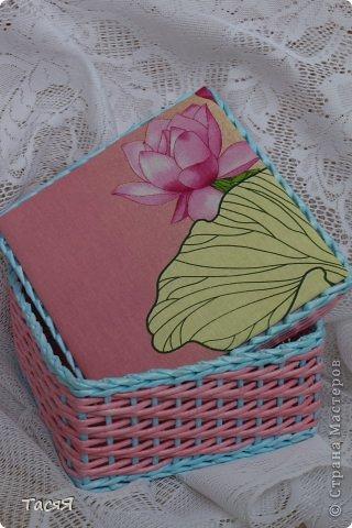 Поделка изделие Плетение Старшая сестричка для мамы сестричек --  Трубочки бумажные фото 1