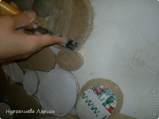 Интерьер Мастер-класс Папье-маше Декор стены камнями Бумага Картон Клей фото 5