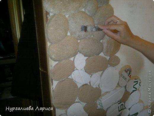Интерьер Мастер-класс Папье-маше Декор стены камнями Бумага Картон Клей фото 6