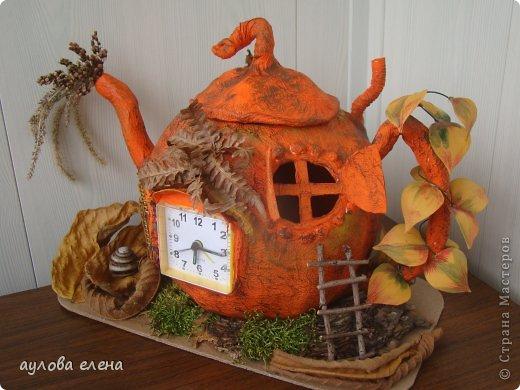 Поделка изделие Праздник осени Папье-маше Тыква-часы Бумага газетная Клей Материал природный фото 3