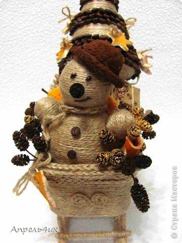 Мастер-класс Поделка изделие Новый год Моделирование конструирование Готовь сани осенью или в гости к Деду Морозу Клей Кофе Материал бросовый Проволока Шишки Шпагат фото 8
