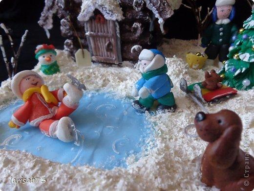 Макет модель Поделка изделие Новый год Рождество Лепка Папье-маше Зимний дворик Бумага Вата Краска Фарфор холодный фото 11